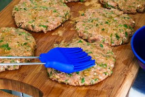 Grilled Middle Eastern Turkey Burgers with Yogurt Sauce found on KalynsKitchen.com