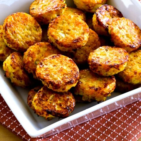 Low-Carb Cheesy Baked Cauliflower Tots (Video)