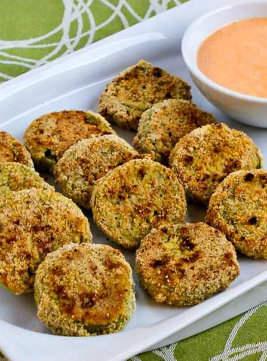 Oven-Fried Green Tomatoes with Sriracha-Ranch Dipping Sauce