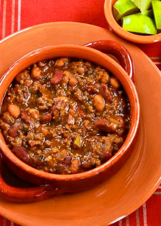 Slow Cooker Beef And Refried Bean Chili With Salsa And Lime